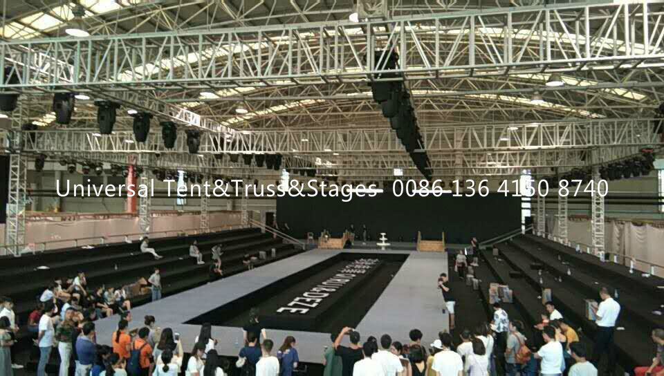 Aluminum Frame Stage Lighting Truss Structure / Event Spigot Bolt Exhibition Truss